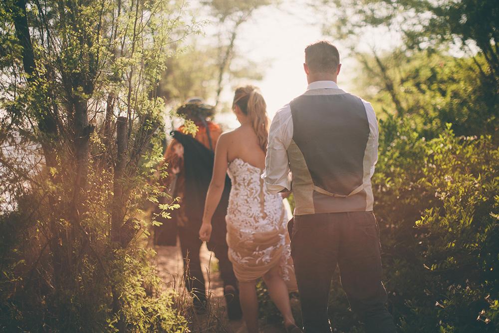wedding at po'olenalena beach with cadencia photography