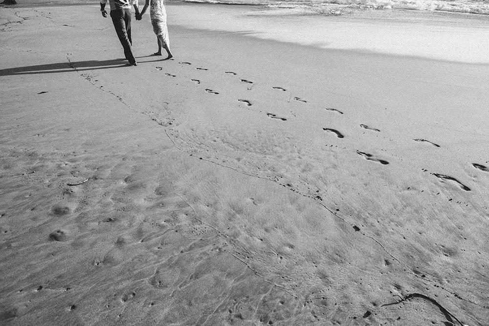 po'olenalena beach wedding with cadencia photography.