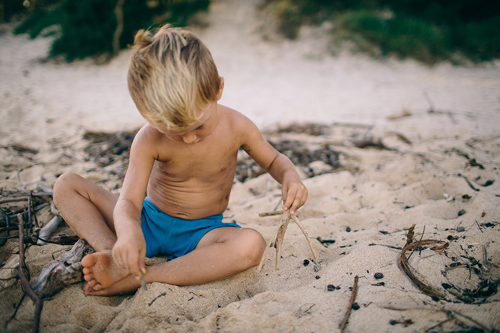 interview with ellen fisher of mango island mamma at baby beach in paia, maui.