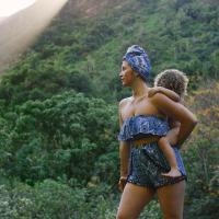 tropical moms | Kelli Love & JuulKín