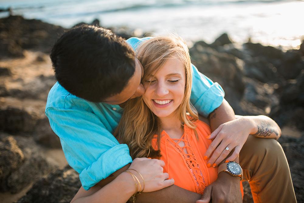 beautiful couple engagement photos maui.