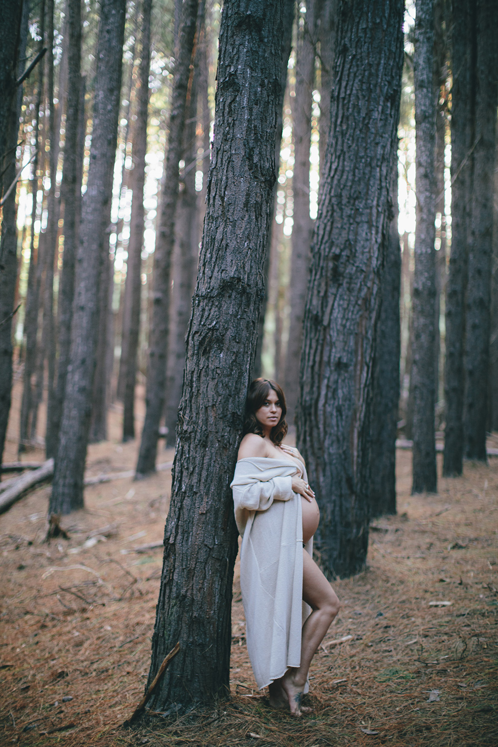 forest hawaii maternity photography.