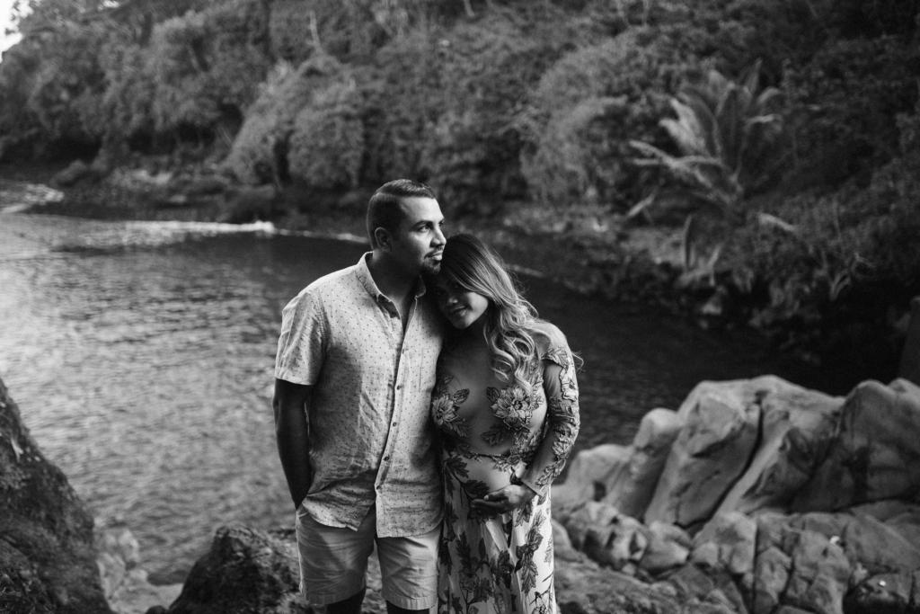 hawaii maternity photographer in hana, maui.
