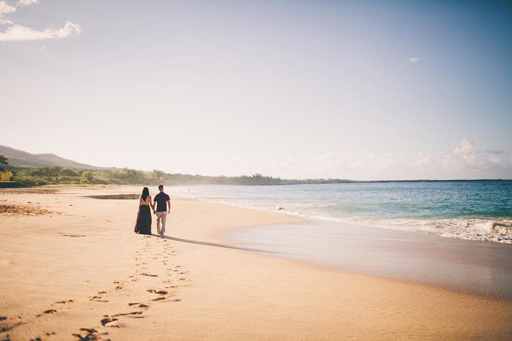 honeymoon photography on Maui by cadencia photography