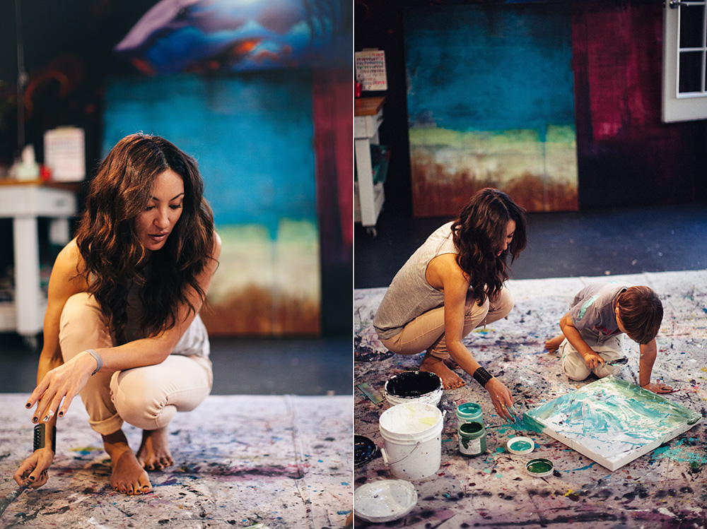 annika banko, Maui based artist painting with her son