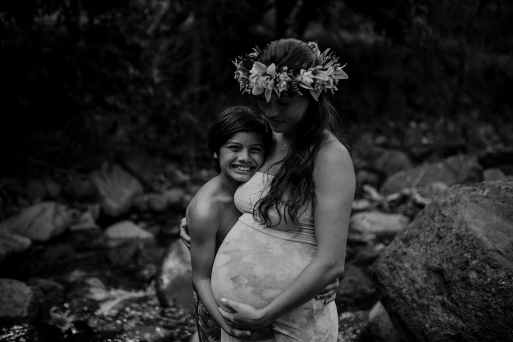 mother and son during their maternity session