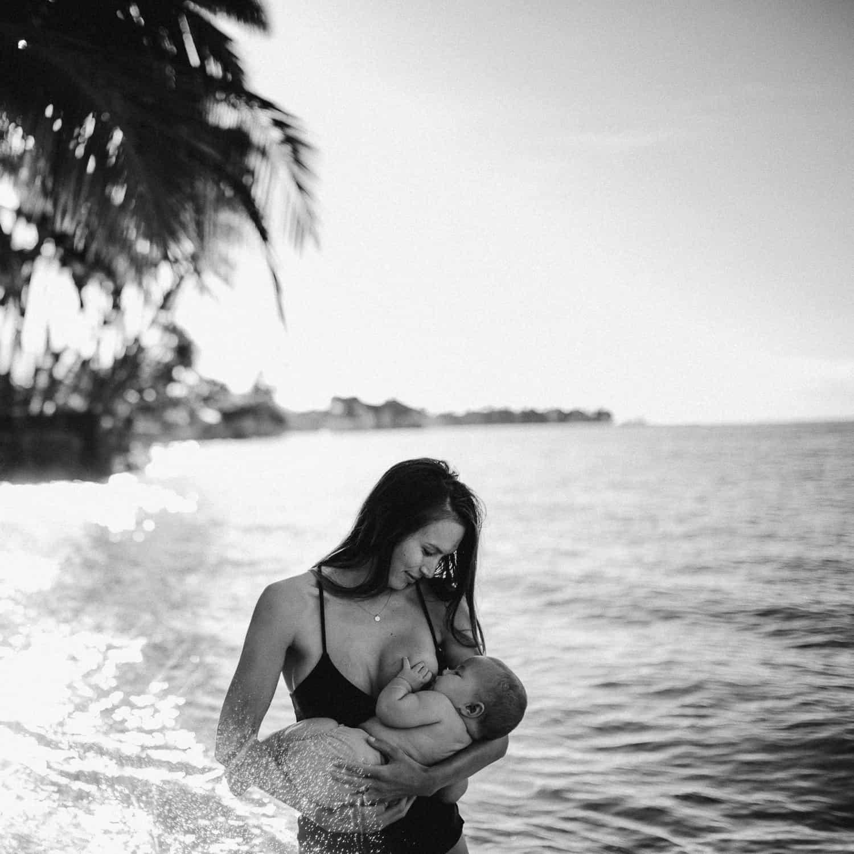 breastfeeding mom on Maui